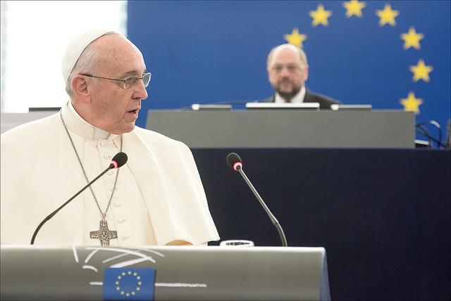 Papež Frančišek nagovarja poslance v Strasbourgu (Vir: (c) Evropska unija 2014 - Evropski parlament)