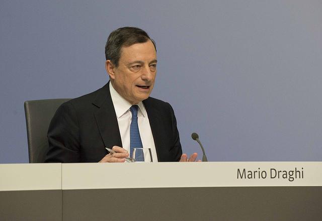 Mario Draghi predstavlja program kvantitativnega sproščanja (Vir: (c) Evropska centralna banka 2015)