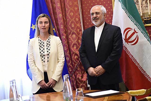 Visoka predstavnica EU za zunanje zadeve Federica Mogherini in iranski zunanji minister Javad Zarif (Vir: (c) Evropska unija 2015 - EEAS)